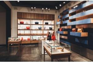 handbag retail store