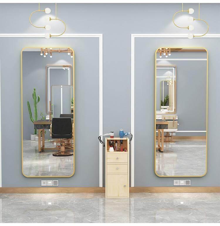 mirror station