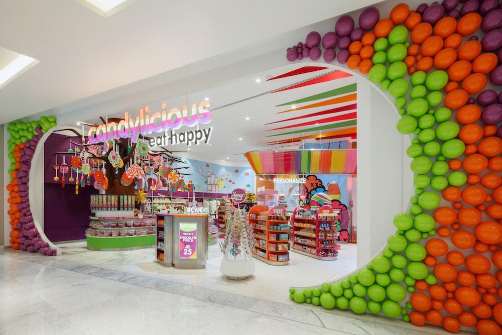 candy store interior design
