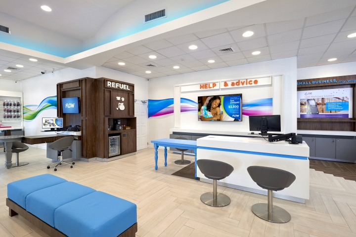 Telecom Store Wall Display Design