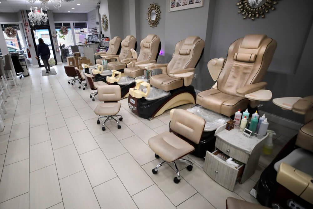 nail manicure salon