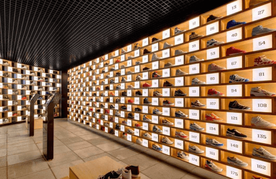 shoe shop display